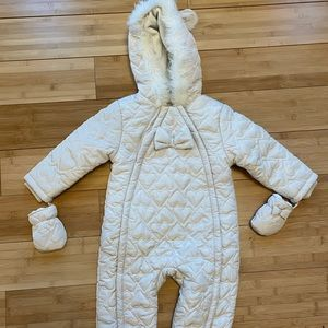 2-3T brand new snowsuit